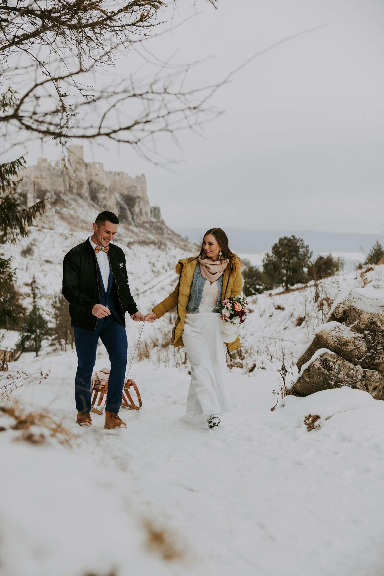 svadba v zime a snehu